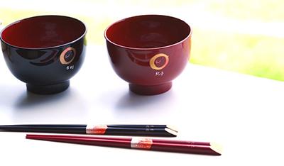 人気のお椀セットと箸セットが送料無料中。販売のページリンク画像